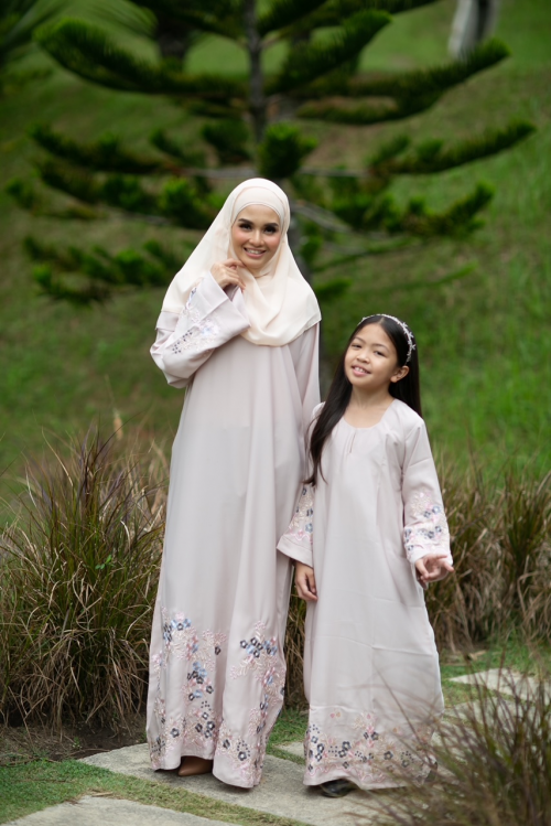 Ready Stocks  Kids Azalea Abaya Cream